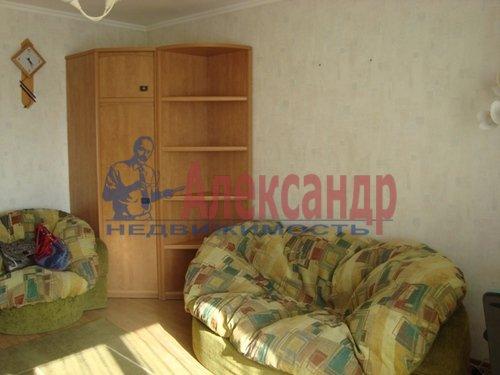 1-комнатная квартира (39м2) в аренду по адресу Богатырский пр., 58— фото 1 из 5