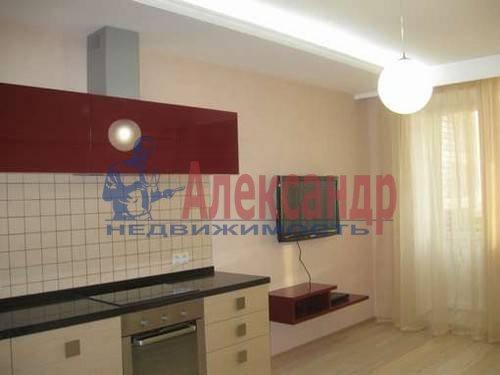 1-комнатная квартира (52м2) в аренду по адресу Восстания ул., 6— фото 1 из 8