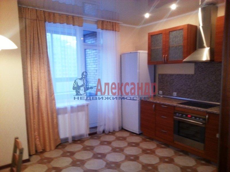 2-комнатная квартира (68м2) в аренду по адресу Ланское шос., 14— фото 3 из 9