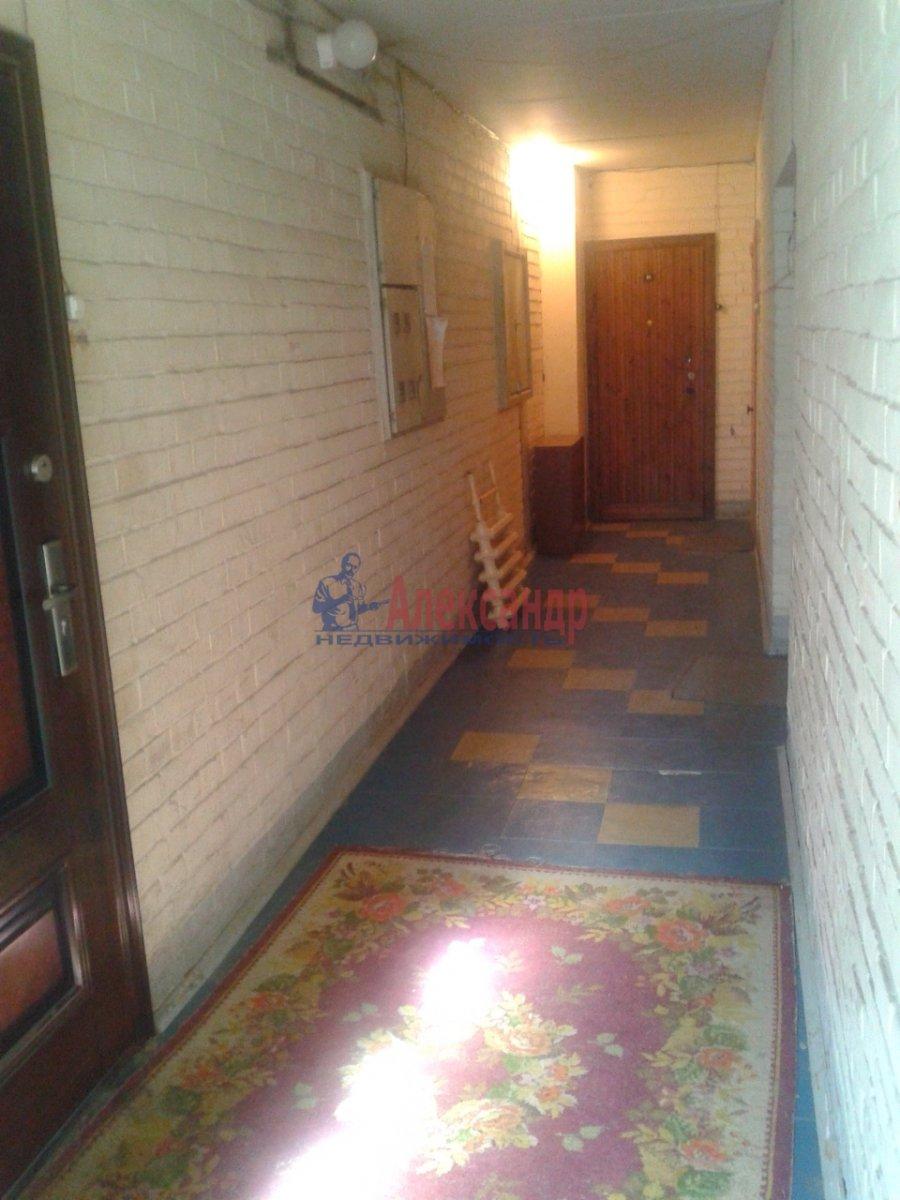 2-комнатная квартира (54м2) в аренду по адресу Шлиссельбургский пр., 34— фото 12 из 15