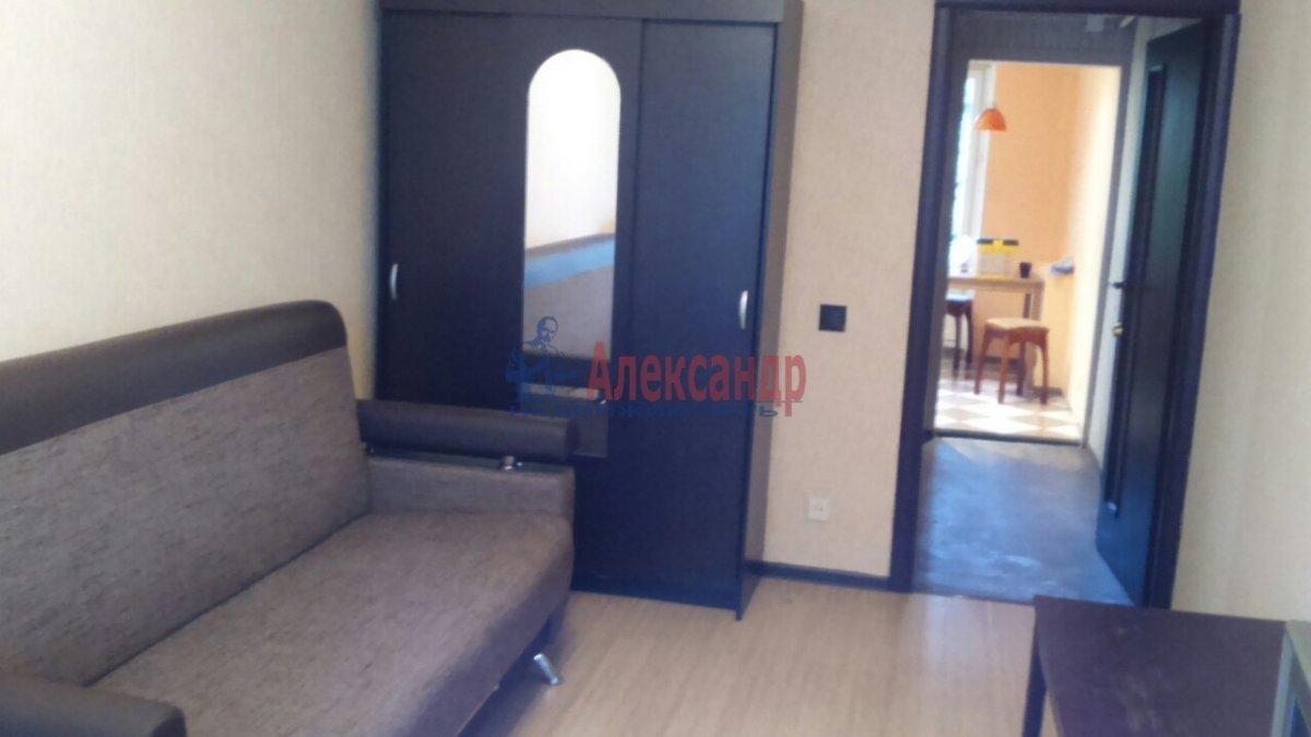 Комната в 2-комнатной квартире (50м2) в аренду по адресу Металлострой пос., Богайчука ул., 22— фото 1 из 4