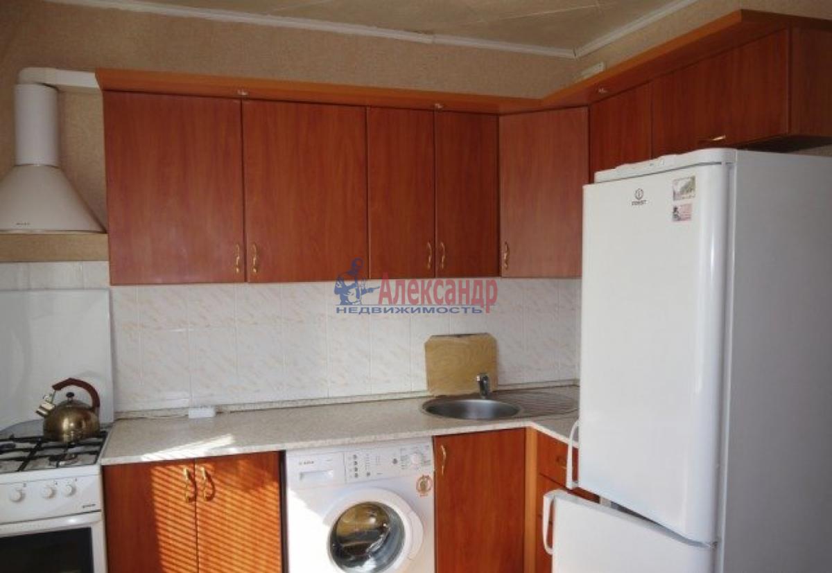 1-комнатная квартира (38м2) в аренду по адресу Ленинский пр., 74— фото 1 из 6