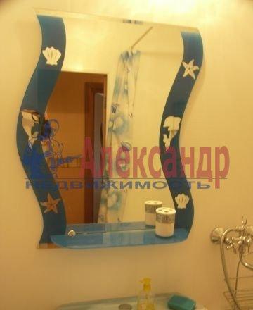 1-комнатная квартира (35м2) в аренду по адресу Богатырский пр., 22— фото 2 из 4