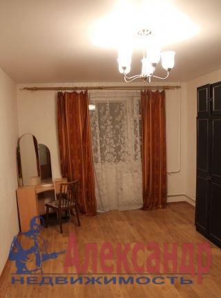 1-комнатная квартира (34м2) в аренду по адресу Красное Село г., Гатчинское шос., 4— фото 2 из 3
