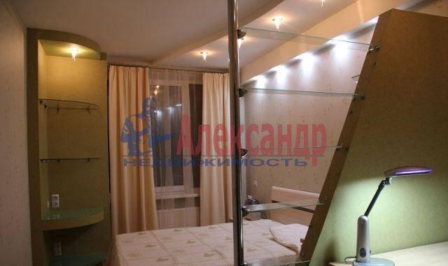 2-комнатная квартира (66м2) в аренду по адресу Энгельса пр., 97— фото 5 из 8