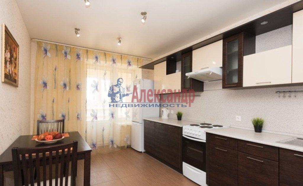 1-комнатная квартира (45м2) в аренду по адресу Кременчугская ул., 9— фото 2 из 3