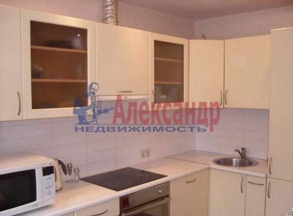 2-комнатная квартира (52м2) в аренду по адресу Ворошилова ул., 25— фото 1 из 4