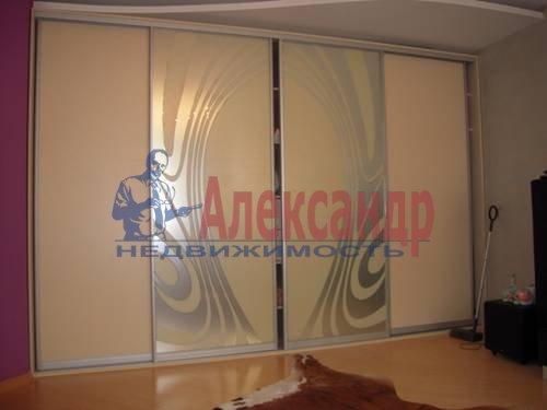 1-комнатная квартира (41м2) в аренду по адресу Союзный пр., 4— фото 3 из 5