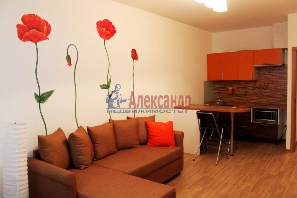 1-комнатная квартира (34м2) в аренду по адресу Яхтенная ул., 1— фото 1 из 9