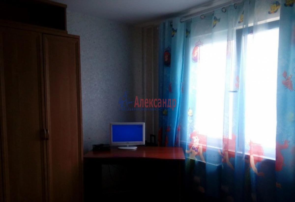 Комната в 2-комнатной квартире (43м2) в аренду по адресу Ярослава Гашека ул., 26— фото 1 из 4