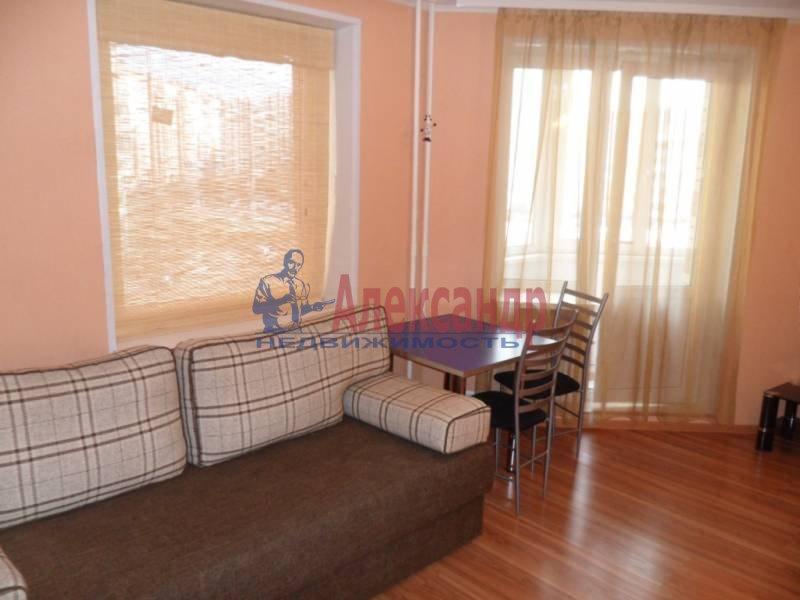 1-комнатная квартира (41м2) в аренду по адресу Новаторов бул., 11— фото 7 из 13