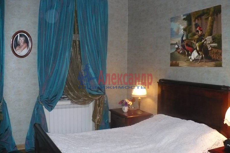 5-комнатная квартира (180м2) в аренду по адресу Манежный пер., 8— фото 3 из 7