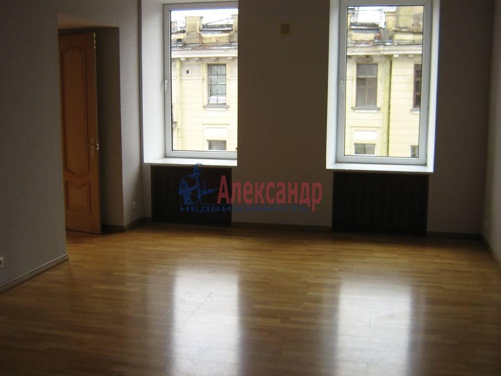 4-комнатная квартира (110м2) в аренду по адресу Суворовский пр., 51— фото 5 из 5
