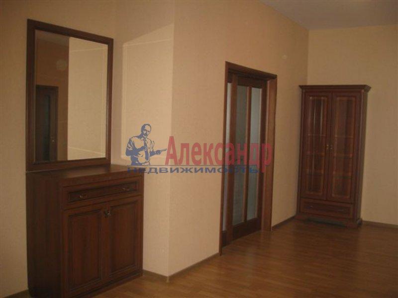 1-комнатная квартира (35м2) в аренду по адресу Московский пр., 126— фото 1 из 4
