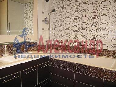 1-комнатная квартира (42м2) в аренду по адресу Варшавская ул., 69— фото 3 из 3