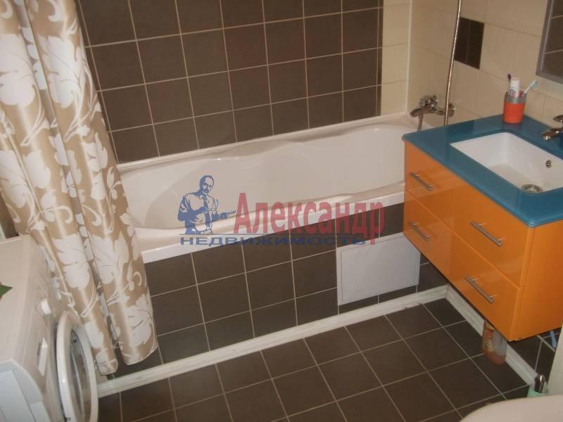 3-комнатная квартира (100м2) в аренду по адресу Космонавтов просп., 61— фото 9 из 10