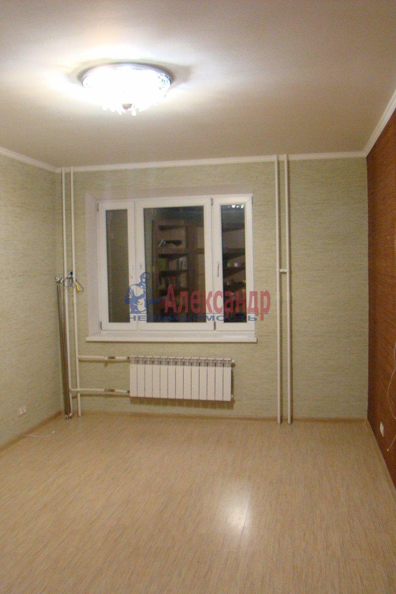 2-комнатная квартира (54м2) в аренду по адресу Беговая ул., 7— фото 2 из 3