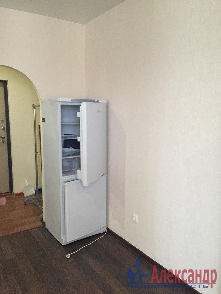 1-комнатная квартира (41м2) в аренду по адресу Пулковская ул., 8— фото 5 из 7