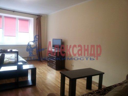 1-комнатная квартира (40м2) в аренду по адресу Ильюшина ул., 8— фото 3 из 4