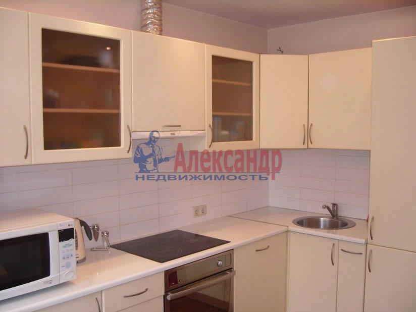 3-комнатная квартира (85м2) в аренду по адресу Просвещения пр., 99— фото 1 из 3