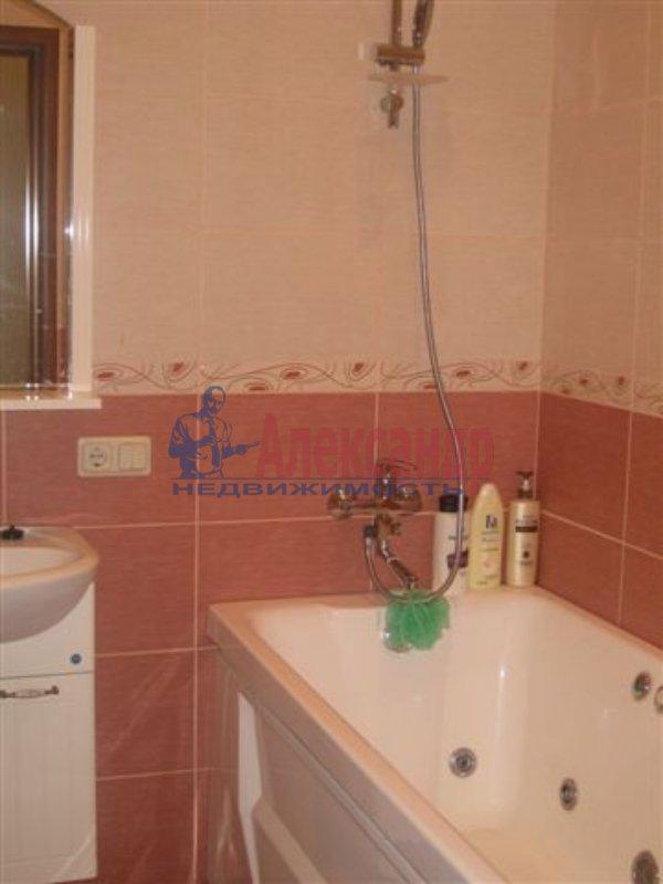 1-комнатная квартира (35м2) в аренду по адресу Московский пр., 126— фото 3 из 4