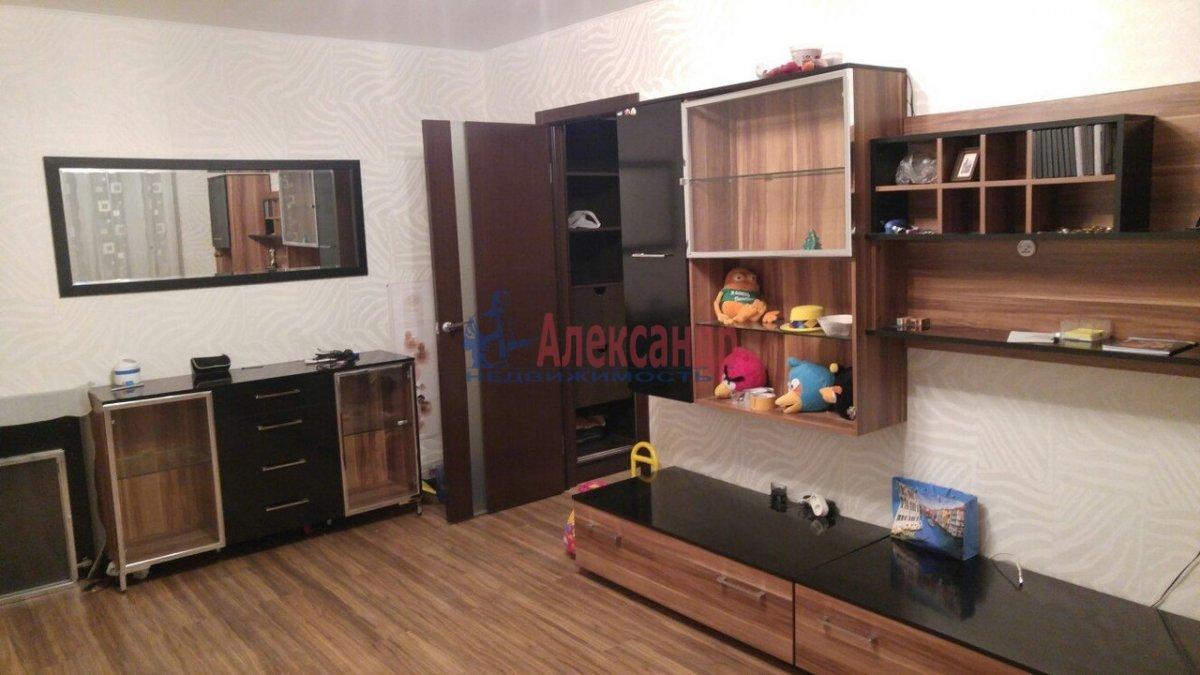 1-комнатная квартира (39м2) в аренду по адресу Пулковская ул., 13— фото 3 из 8