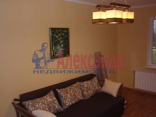 2-комнатная квартира (63м2) в аренду по адресу Ланское шос., 14— фото 4 из 12