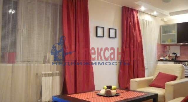 2-комнатная квартира (62м2) в аренду по адресу Богатырский пр., 25— фото 1 из 14