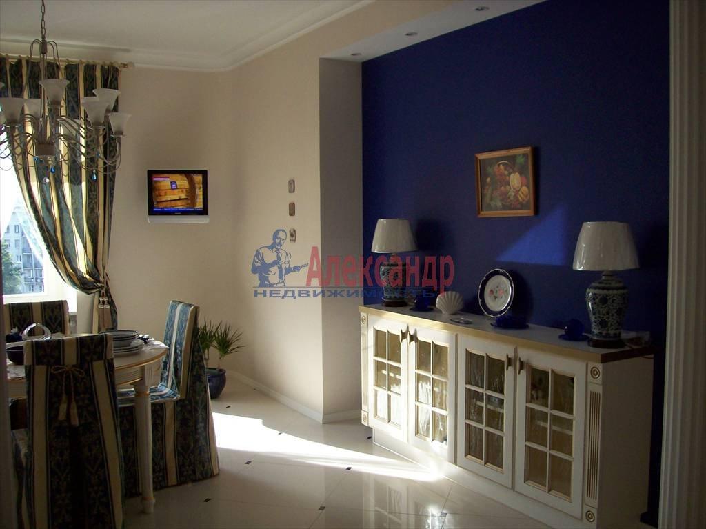 4-комнатная квартира (150м2) в аренду по адресу Реки Карповки наб., 10— фото 4 из 10