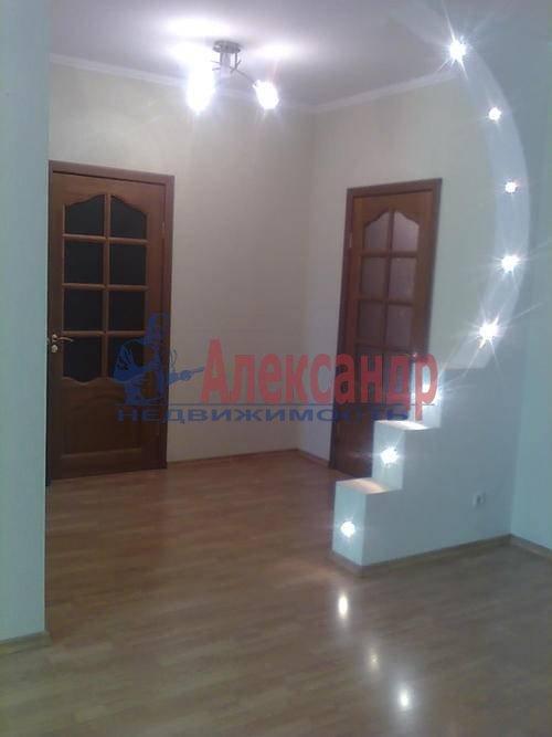 1-комнатная квартира (45м2) в аренду по адресу Композиторов ул., 18— фото 2 из 8
