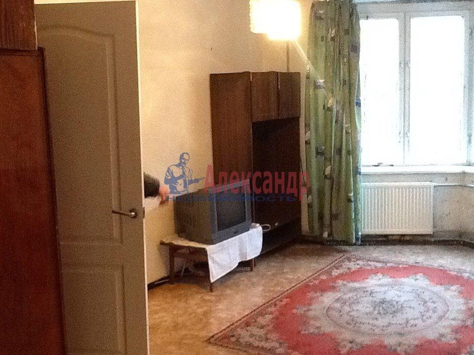 1-комнатная квартира (38м2) в аренду по адресу Матроса Железняка ул., 3— фото 2 из 4