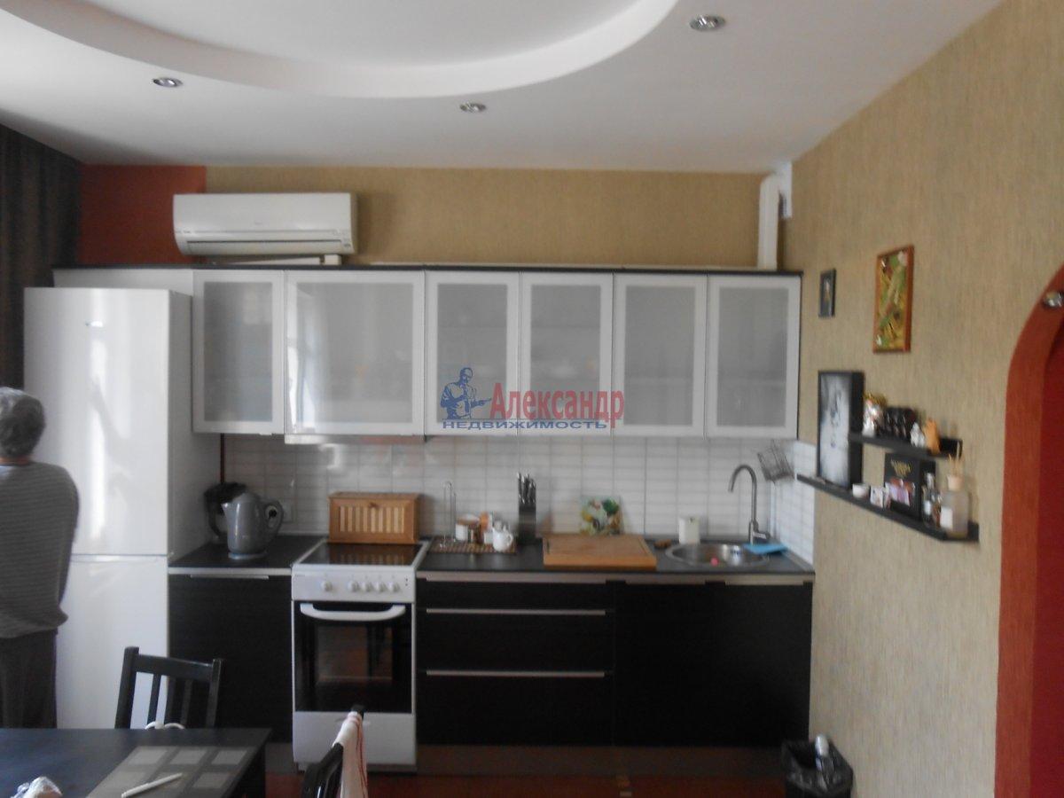 3-комнатная квартира (55м2) в аренду по адресу Боткинская ул., 15— фото 2 из 18