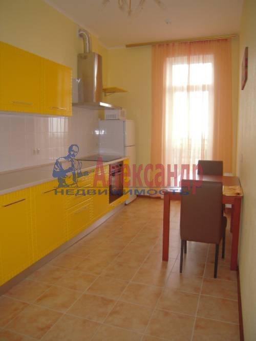 2-комнатная квартира (73м2) в аренду по адресу Коллонтай ул., 17— фото 1 из 4