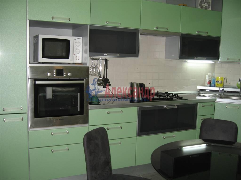 3-комнатная квартира (100м2) в аренду по адресу Новосельковская ул., 23— фото 1 из 5