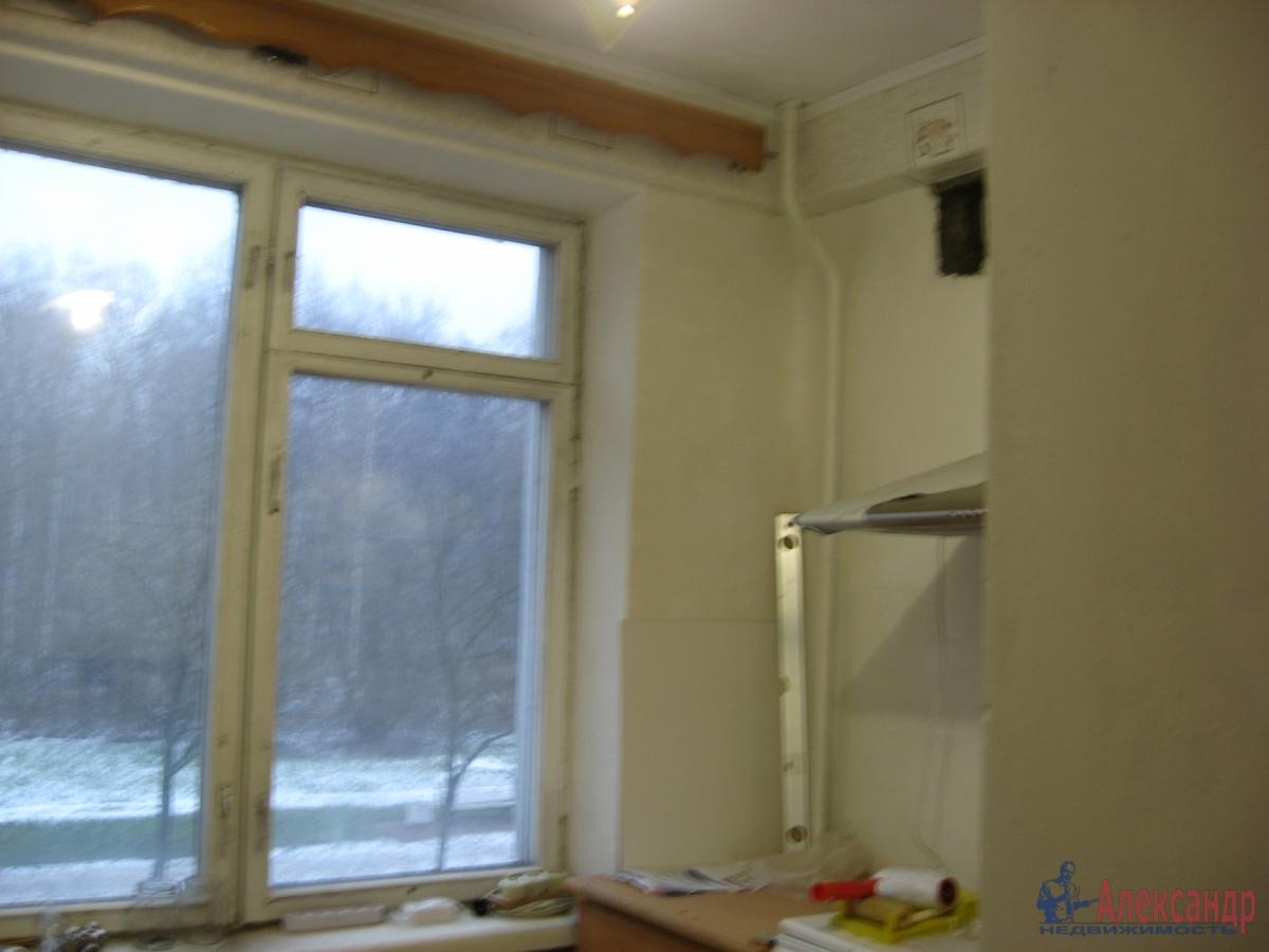 1-комнатная квартира (35м2) в аренду по адресу Шелгунова ул., 14— фото 2 из 2