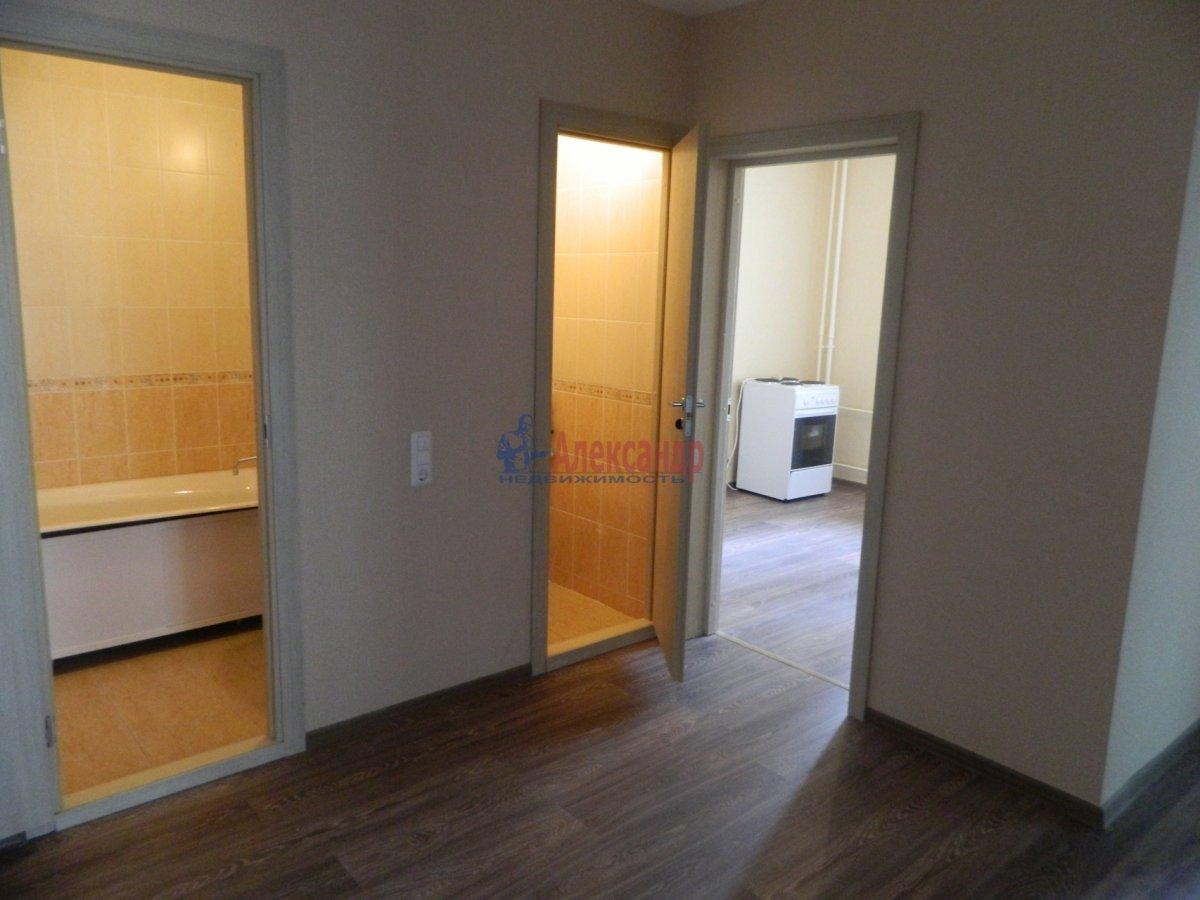 3-комнатная квартира (77м2) в аренду по адресу Яхтенная ул., 32— фото 3 из 12