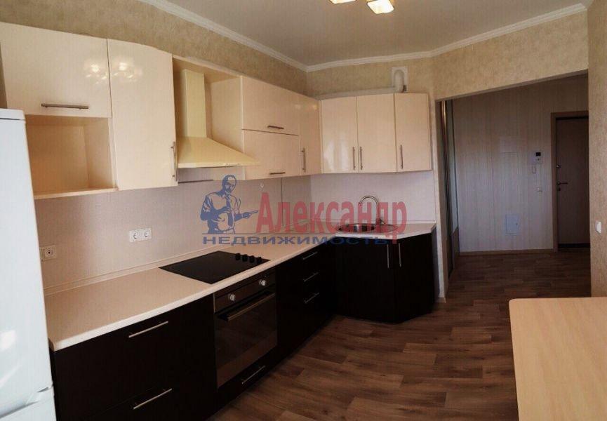 1-комнатная квартира (42м2) в аренду по адресу Большая Посадская ул., 10— фото 1 из 2