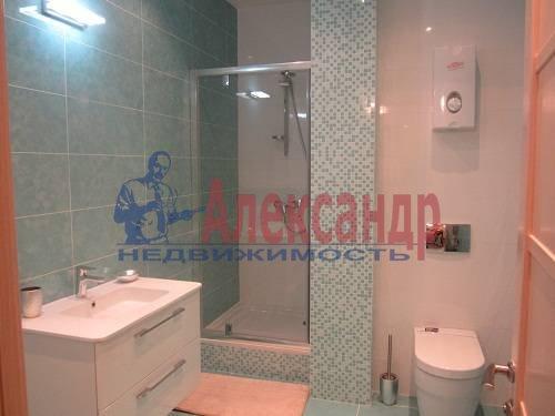 2-комнатная квартира (80м2) в аренду по адресу Исполкомская ул., 12— фото 13 из 13