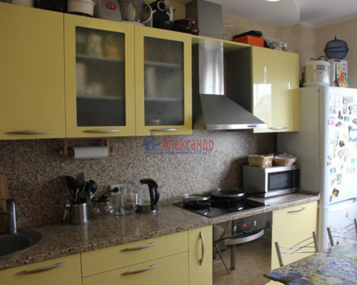 1-комнатная квартира (42м2) в аренду по адресу Ветеранов пр., 52— фото 1 из 5