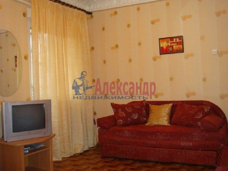 1-комнатная квартира (40м2) в аренду по адресу Вербная ул., 20— фото 2 из 3