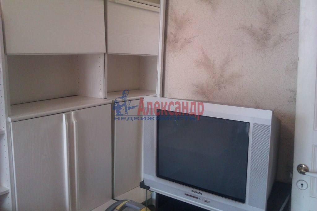 2-комнатная квартира (40м2) в аренду по адресу Конная ул., 3/4— фото 3 из 9