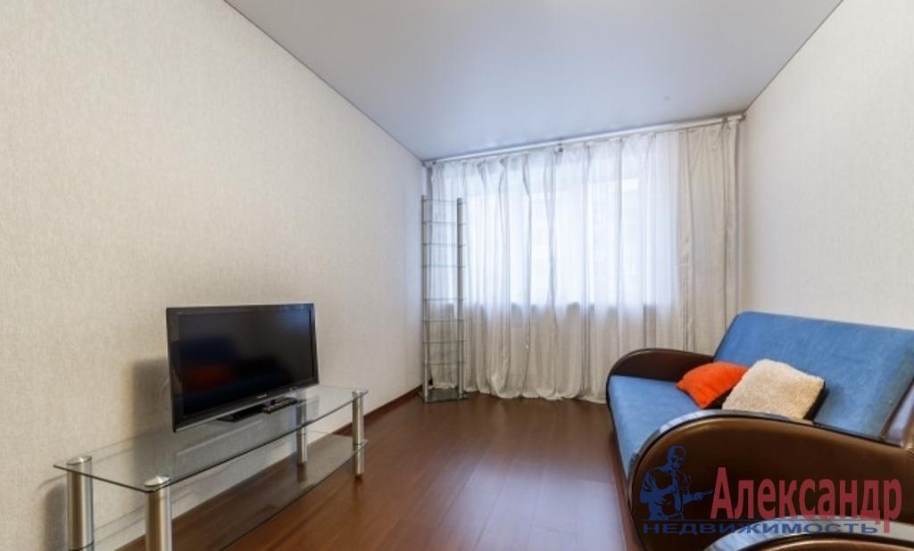 1-комнатная квартира (39м2) в аренду по адресу Шуваловский пр., 84— фото 1 из 4