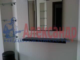 3-комнатная квартира (98м2) в аренду по адресу Петровская коса, 14— фото 3 из 7