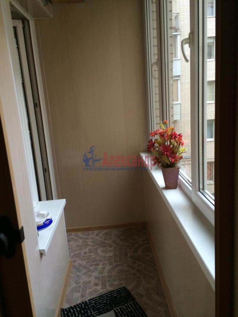3-комнатная квартира (60м2) в аренду по адресу Киришская ул., 4— фото 6 из 9