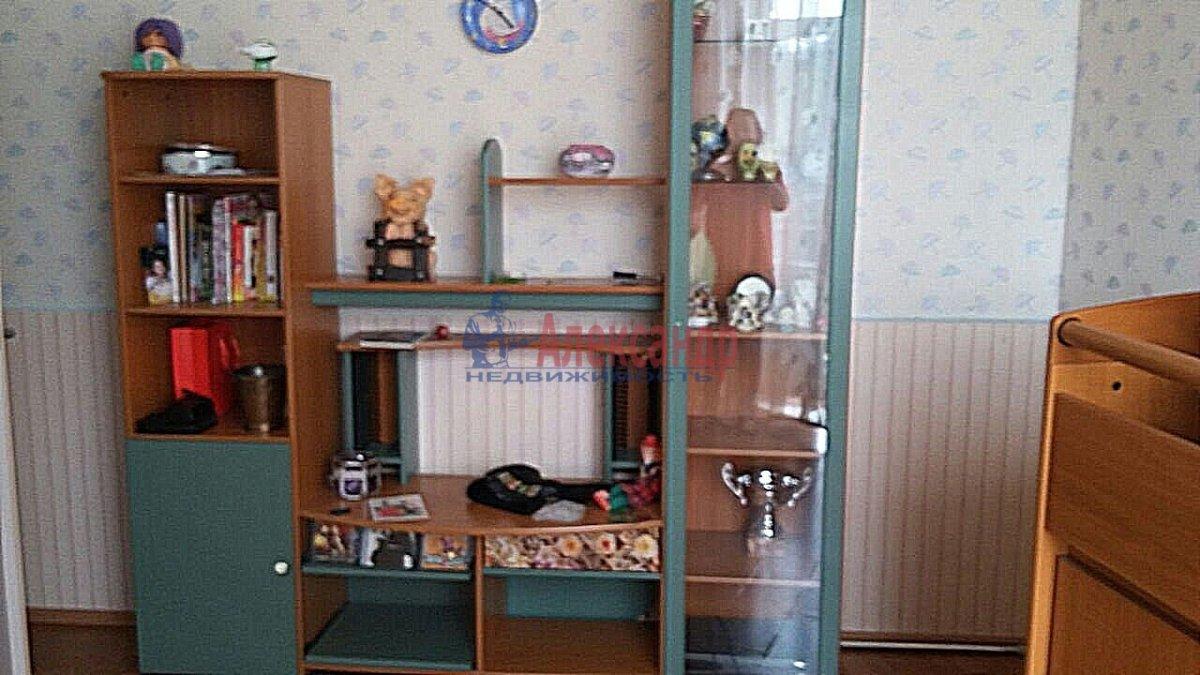 3-комнатная квартира (105м2) в аренду по адресу Тульская ул., 9— фото 3 из 14