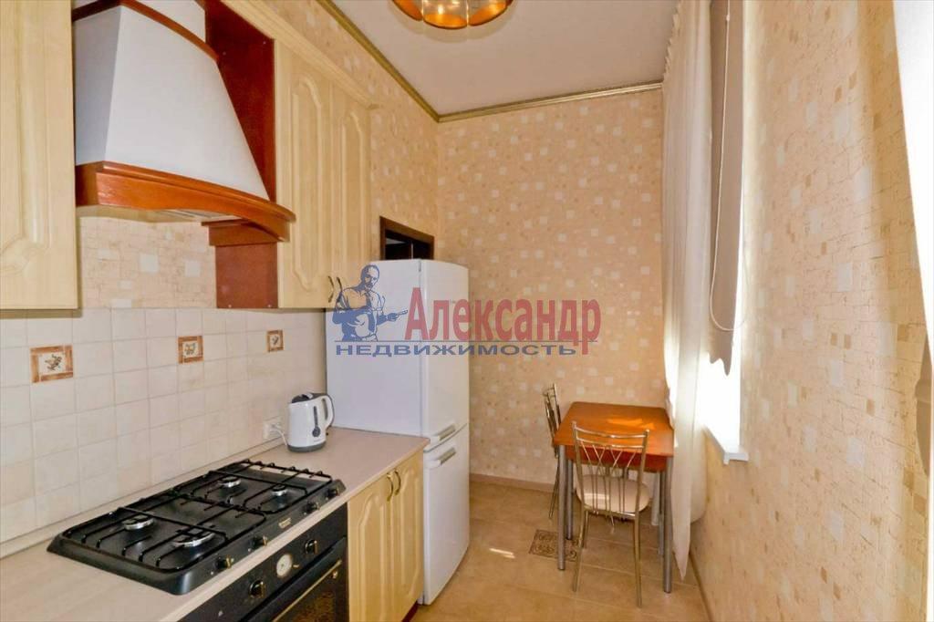 2-комнатная квартира (65м2) в аренду по адресу Савушкина ул., 11— фото 4 из 9
