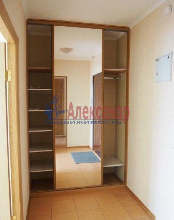 2-комнатная квартира (48м2) в аренду по адресу Мебельная ул., 45— фото 4 из 9