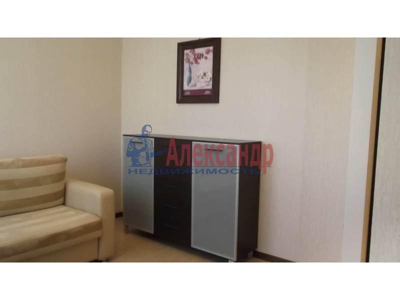 3-комнатная квартира (100м2) в аренду по адресу Коломяжский пр., 15— фото 12 из 14