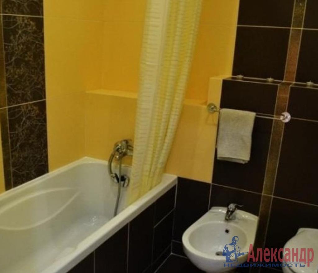 2-комнатная квартира (75м2) в аренду по адресу Большая Морская ул., 49— фото 3 из 3