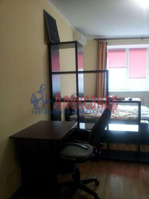 1-комнатная квартира (40м2) в аренду по адресу Ильюшина ул., 8— фото 1 из 4